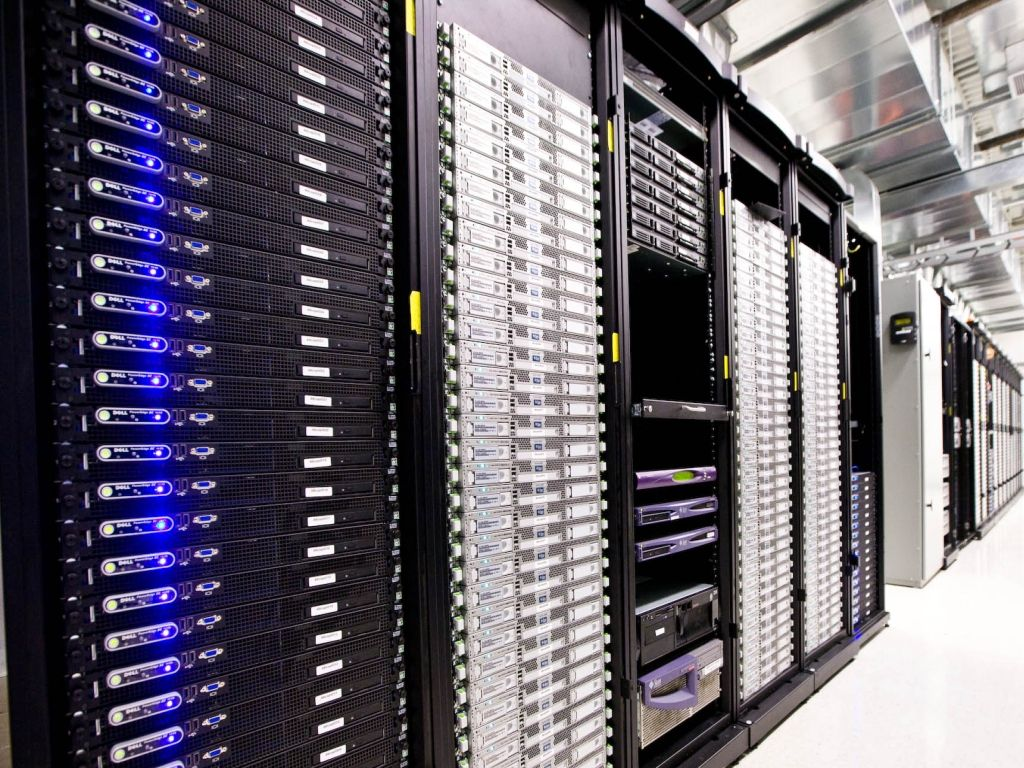 Cloud Backup Servers in Data Centre